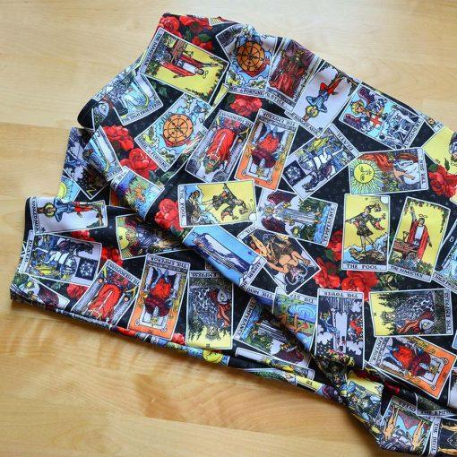 Goddess Size Tarot Leggings Black Jumble folded